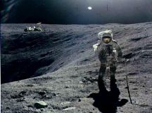 first-man-on-moon-walking-on-the-moon